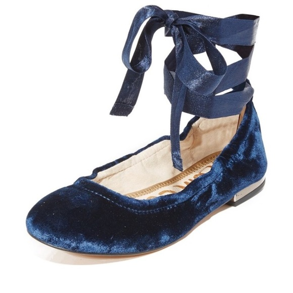 e3c7009e350 Sam Edelman velvet blue Fallon ballet flats lace. M 5aca791f5512fd9130f47c96